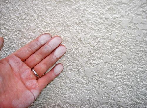白い粉が付くチョーキング