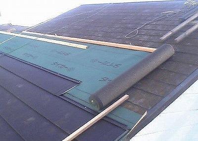 屋根の上に屋根を葺くカバー工法