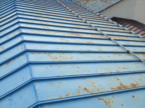 サビがあるトタン屋根