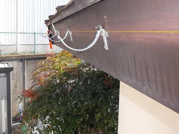 水糸で傾斜を付ける
