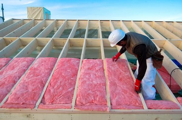 屋根断熱の施工1