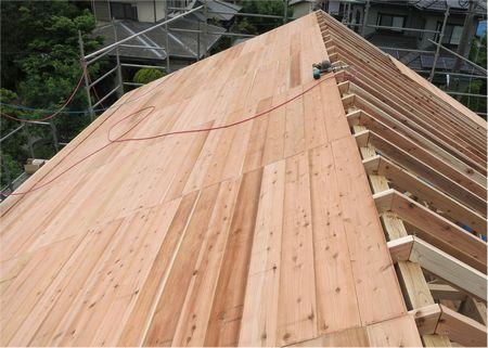 野地板を敷いた屋根