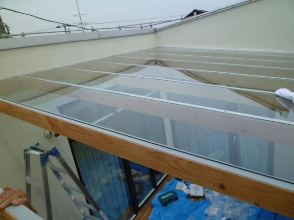 ポリカ平板のデッキ屋根
