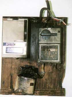 雷災害による配電盤の故障