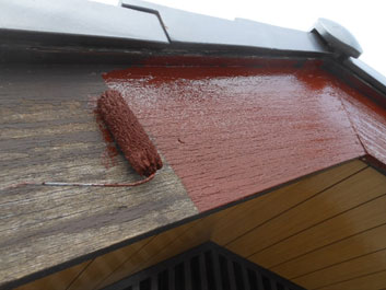 破風板の塗装修理1