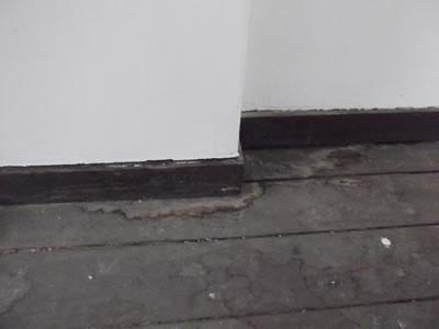 水漏れによる床の傷み